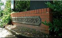 J3372 : Old sign, Botanic Gardens, Belfast by Albert Bridge