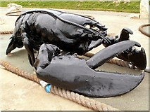 TA1280 : A Giant Lobster Sculpture on Filey Seafront by John Fielding
