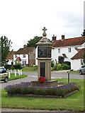 TG0934 : War Memorial by Evelyn Simak