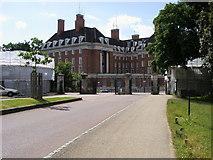 TQ1873 : Richmond Gate by Shaun Ferguson