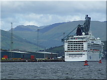 NS2776 : Norwegian Jade at Greenock Ocean Terminal by Thomas Nugent