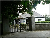 N8738 : Ornamental Gates by James Allan