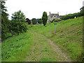 SO5407 : Footpath junction near Lodges Farm by Pauline E