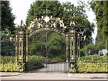 TQ2882 : Gate to Queen Mary's Garden, Regent's Park by David Hawgood
