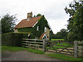 SP7220 : Railway Cottage by Andy Gryce