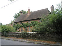 SU7037 : Superb house in Northfield Lane, Chawton by Basher Eyre