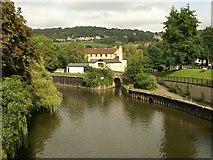ST7564 : Start of Kennet and Avon Canal by Derek Harper