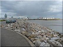ST1972 : Cardiff Bay Barrage by Robin Drayton