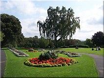 SP0343 : Abbey gardens - Evesham by Colin Babb