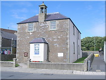 HU4039 : Scalloway Church (Church of Scotland) by Nick Mutton