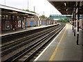 TQ0991 : Northwood tube station, Northbound platform by Oxyman