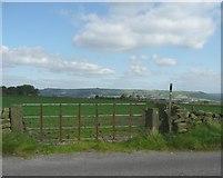 SE0721 : Footpath off Turbury Lane, Greetland by Humphrey Bolton