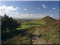 NZ5812 : Footpath descending Little Roseberry by Stephen McCulloch