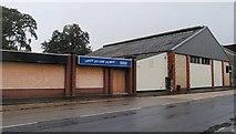 SX8672 : Closed open showroom, Kingsteignton by Derek Harper