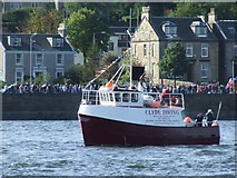 NS2677 : Clyde Diving vessel Clutha by Thomas Nugent